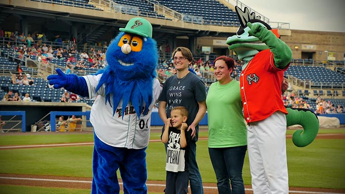 Lifenet – Young Boy's First Pitch After Heart Transplant
